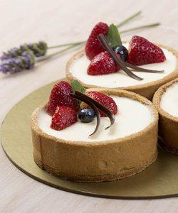 IMG_6392 copy cheesecake y frutillas